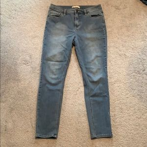 Free People High Waisted Skinny Jeans Size 28